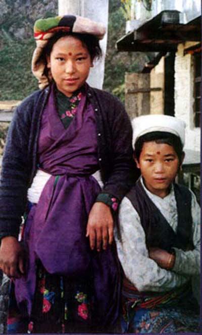 YOUNG HIMALAYAN SHERPA KIDS