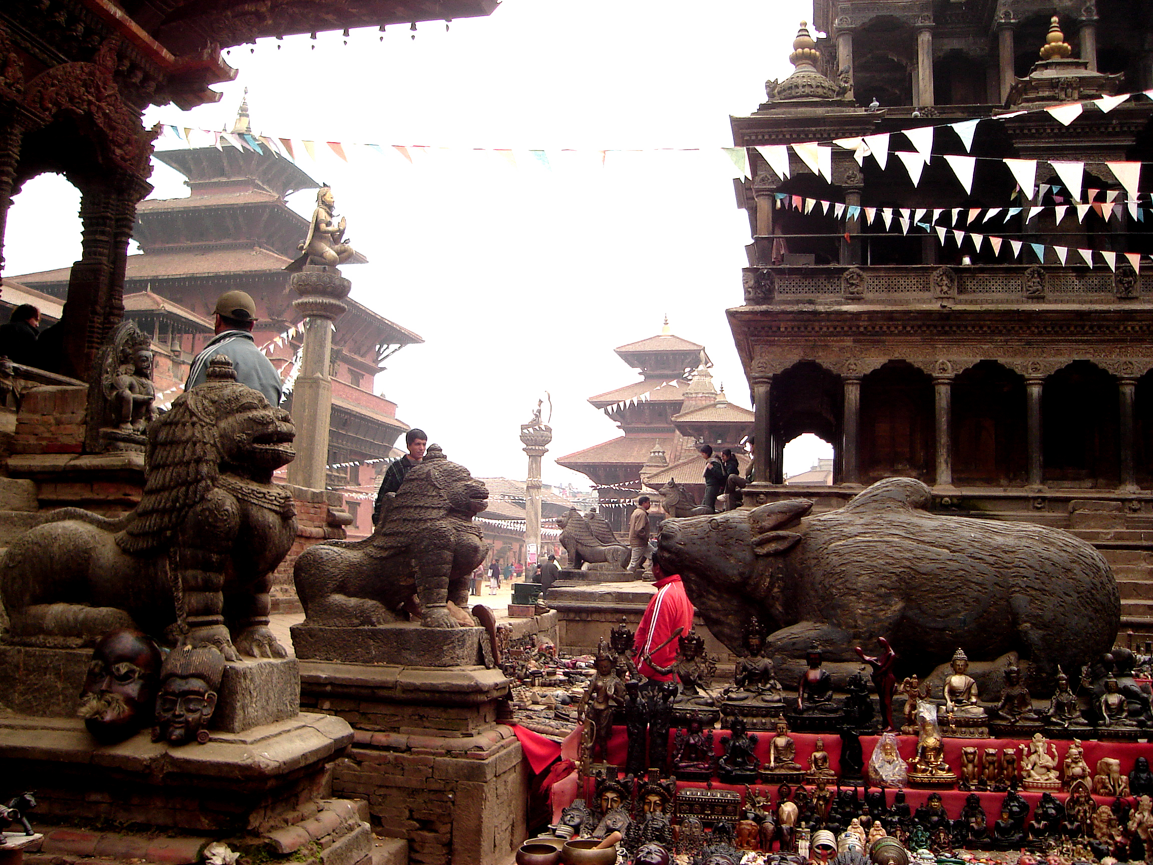 TIBETAN TEMPLE LIONS IN EXOTIC PATAN